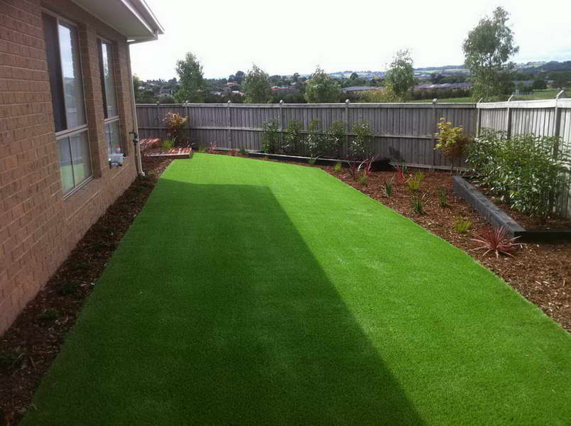 Centre Court Lawns - Synthetic01 - Melbourne Landscaping, Instant Turf, Synthetic Grass, Greenkeeping